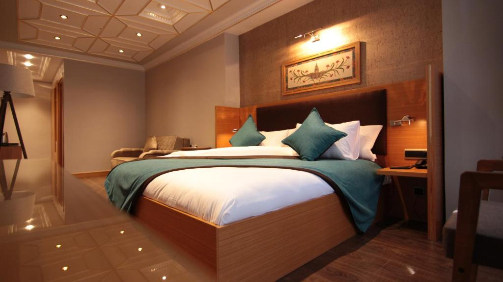 A room at Sefa-i Hürrem Suit House
