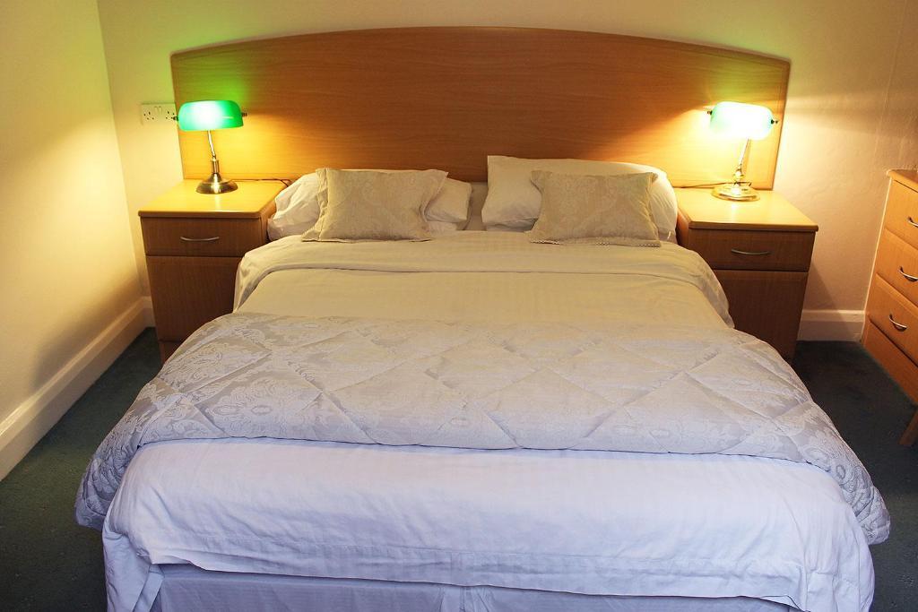A room at Crescent Hotel Harrow