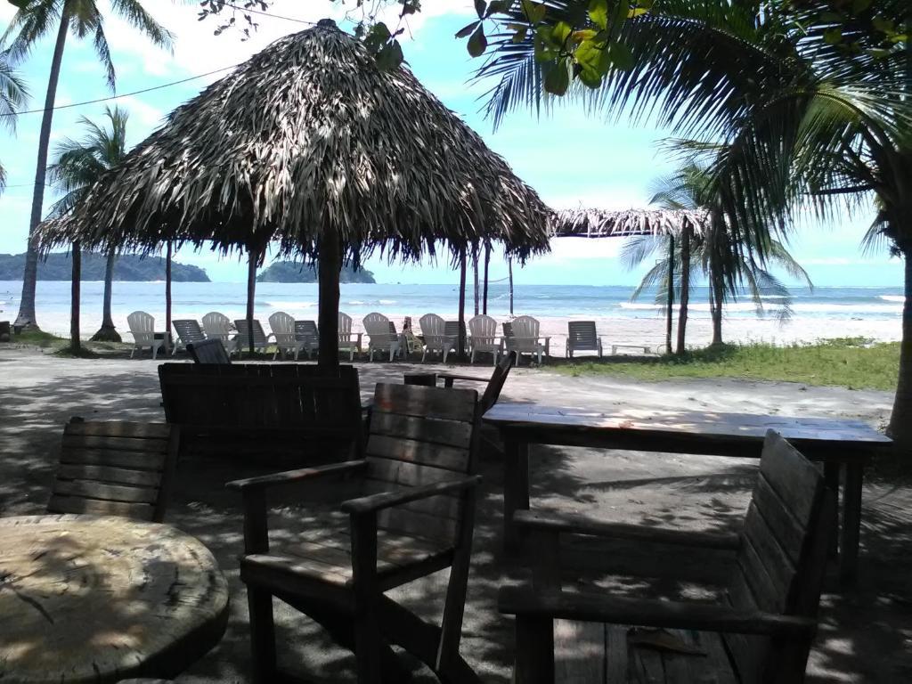 Posada U Hostería Las Olas Beach Bar Costa Rica Sámara