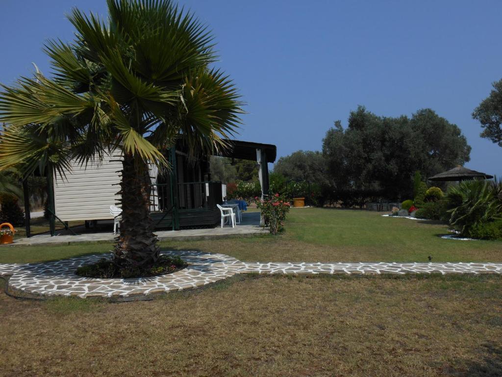 Heliactida House