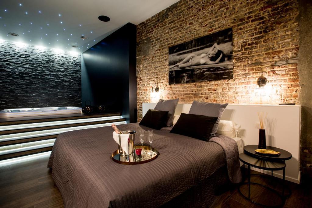 Hotel avec piscine et jacuzzi dans la chambre revista Hotel paris jacuzzi dans la chambre