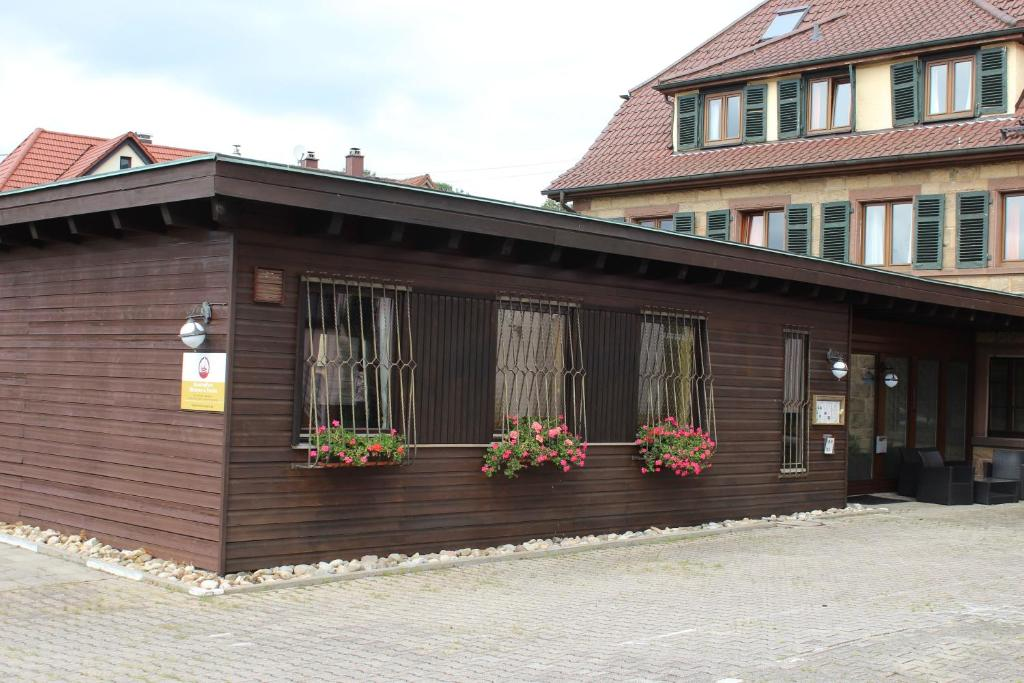 The facade or entrance of Hotelpension Klosterpost