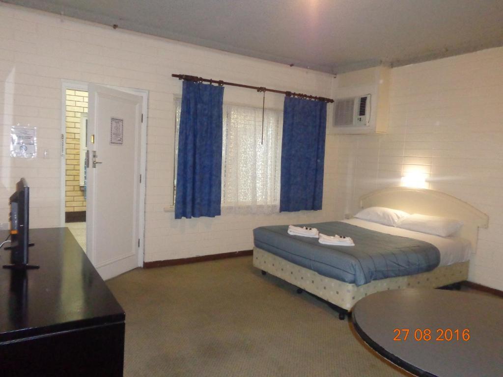 Vuode tai vuoteita majoituspaikassa Adelaide Backpackers and Travellers Inn