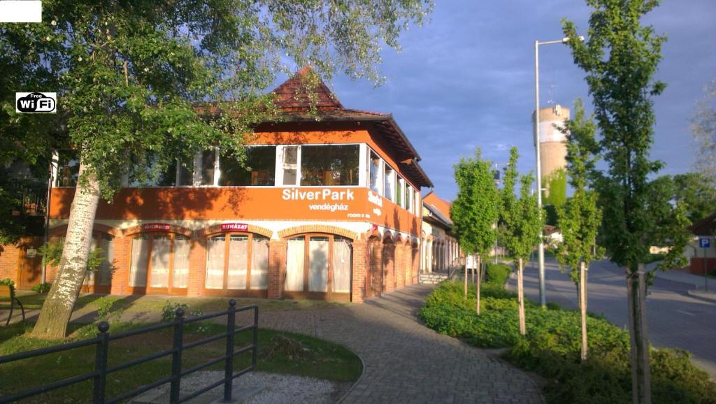 Silver Park Vend
