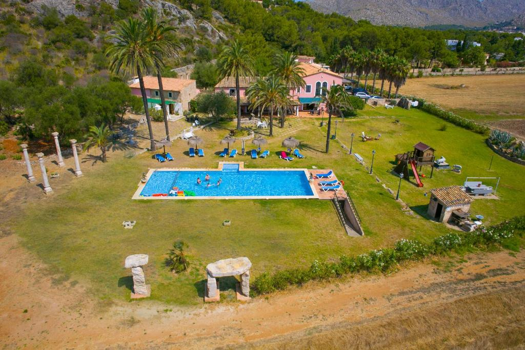 A view of the pool at Puerto Pollensa Villas and Apartments or nearby