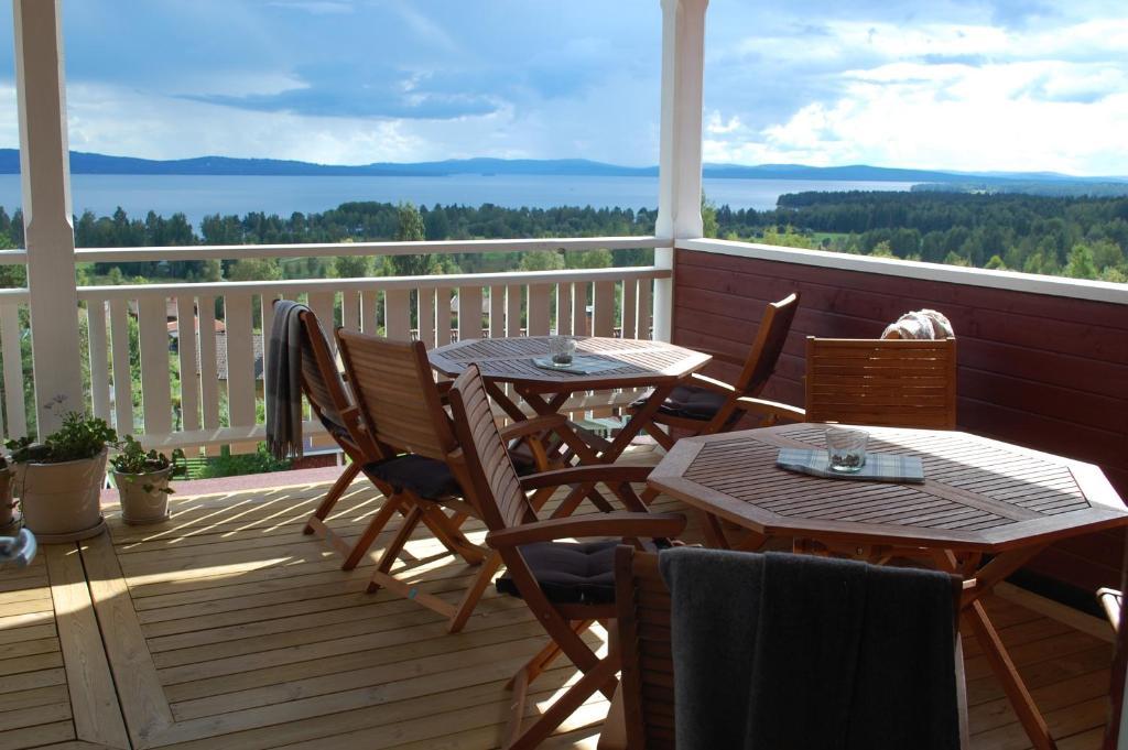 En balkong eller terrass på Backlund Boende i Dalarna