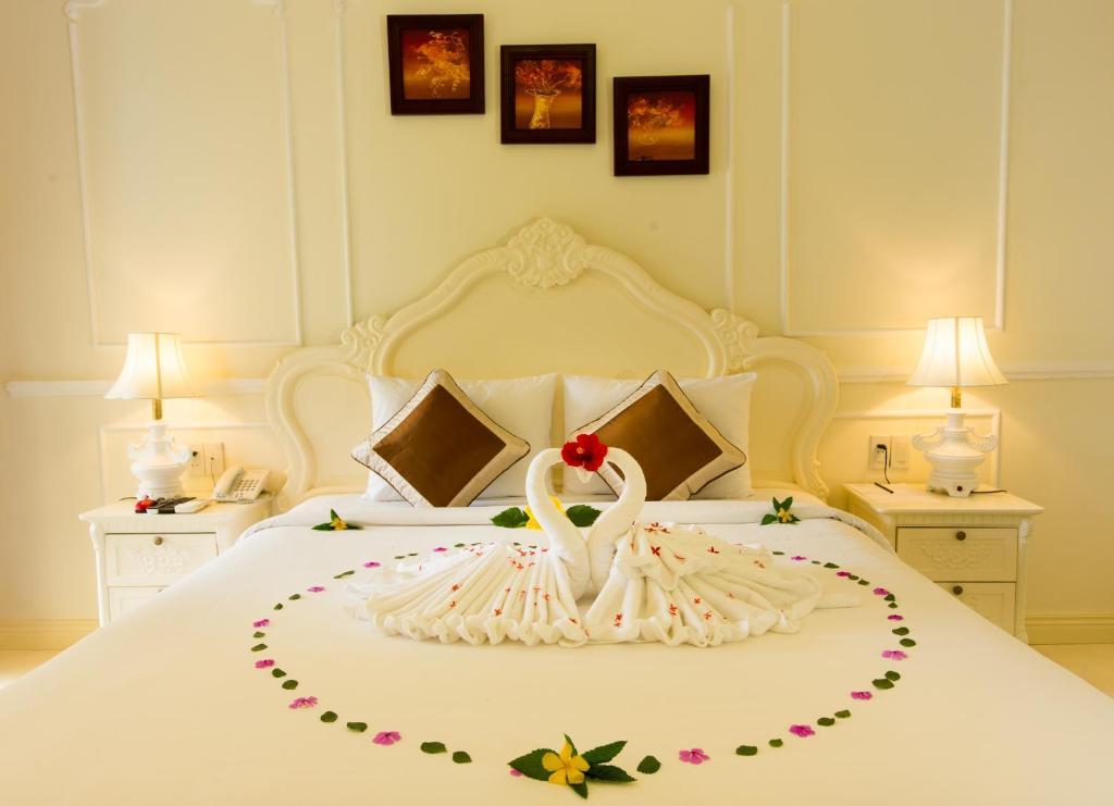 Phòng Deluxe Giường Đôi/2 Giường Đơn Có Sân Hiên Và Vườn Riêng