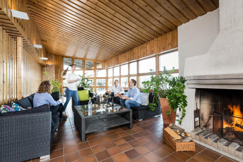 Bommersvik Hotell Konferens I Jarna Uppdaterade Priser For 2020