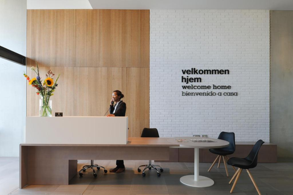 The lobby or reception area at Eric Vökel Boutique Apartments - Amsterdam Suites