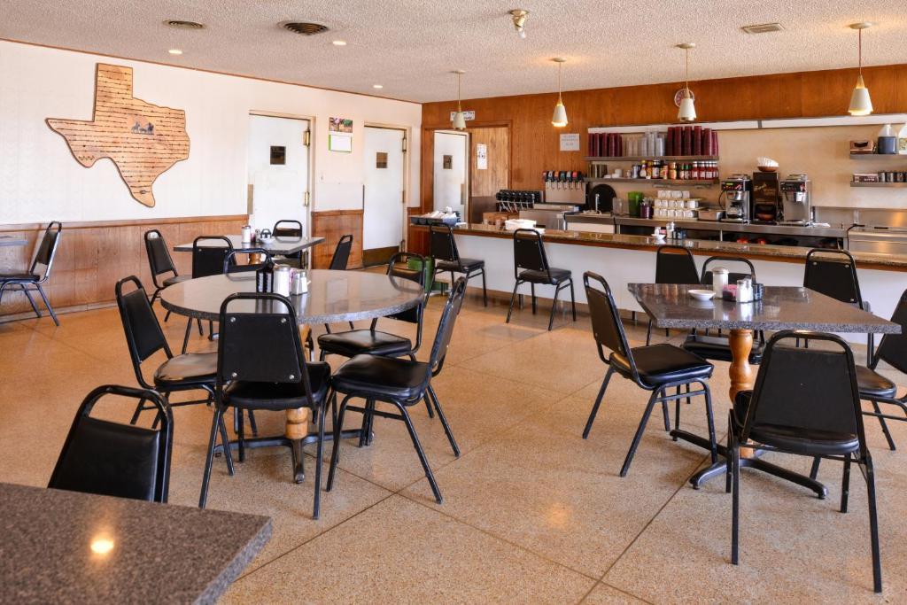 Ranch House Motel
