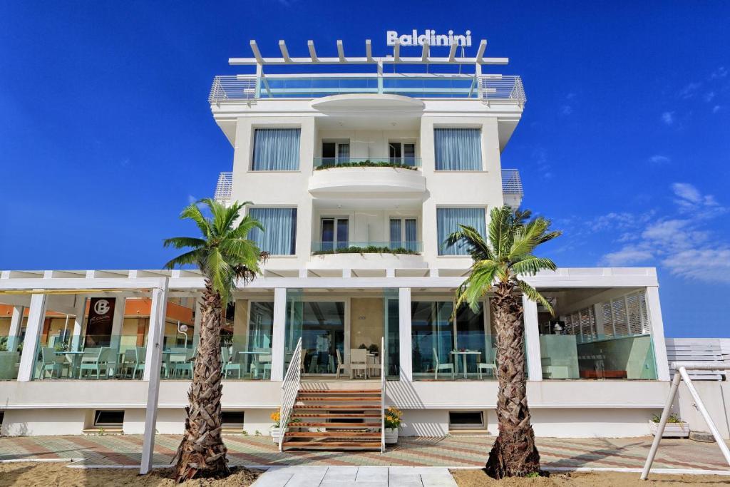The facade or entrance of Baldinini Hotel