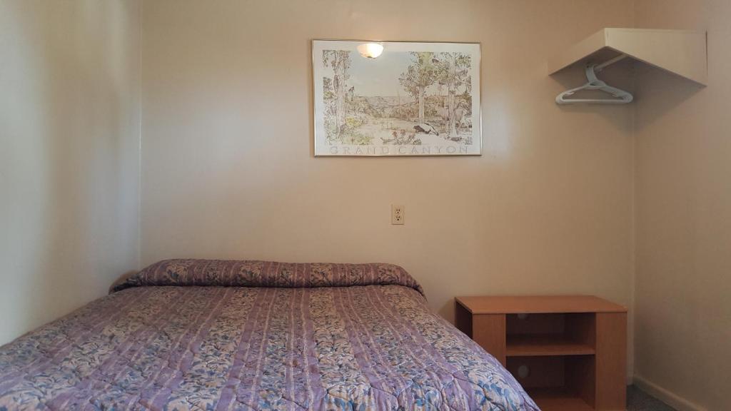 A room at Hat Motel