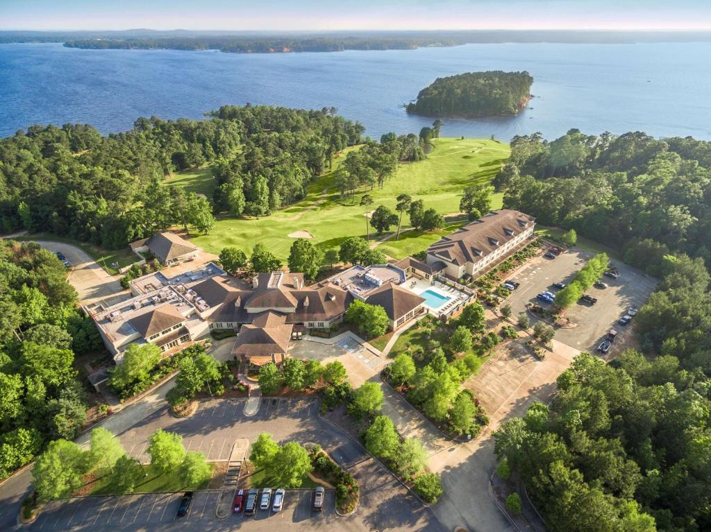 A bird's-eye view of Cypress Bend Resort - BW Premier Collection