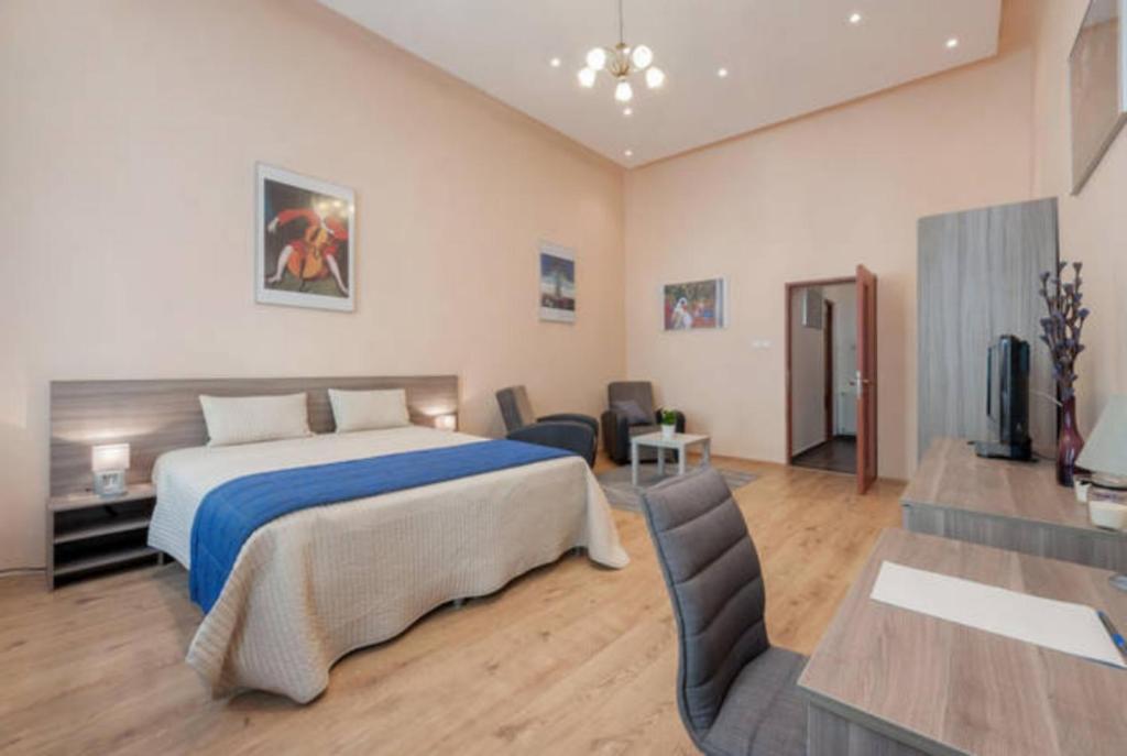 Ein Zimmer in der Unterkunft Kinizsi Apartment