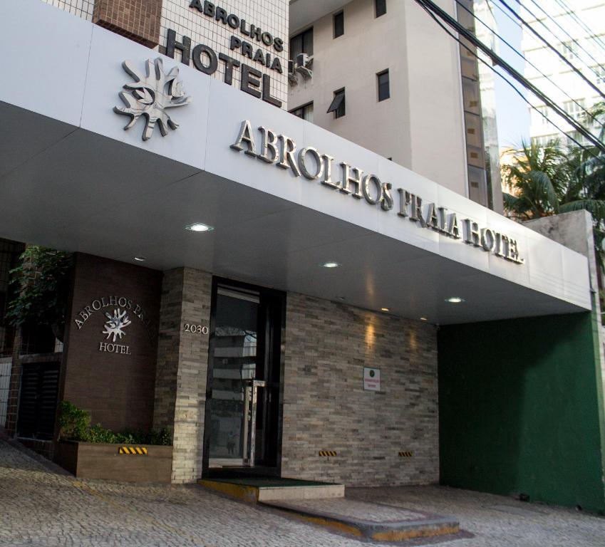Exteriér nebo vchod ubytování Abrolhos Praia Hotel