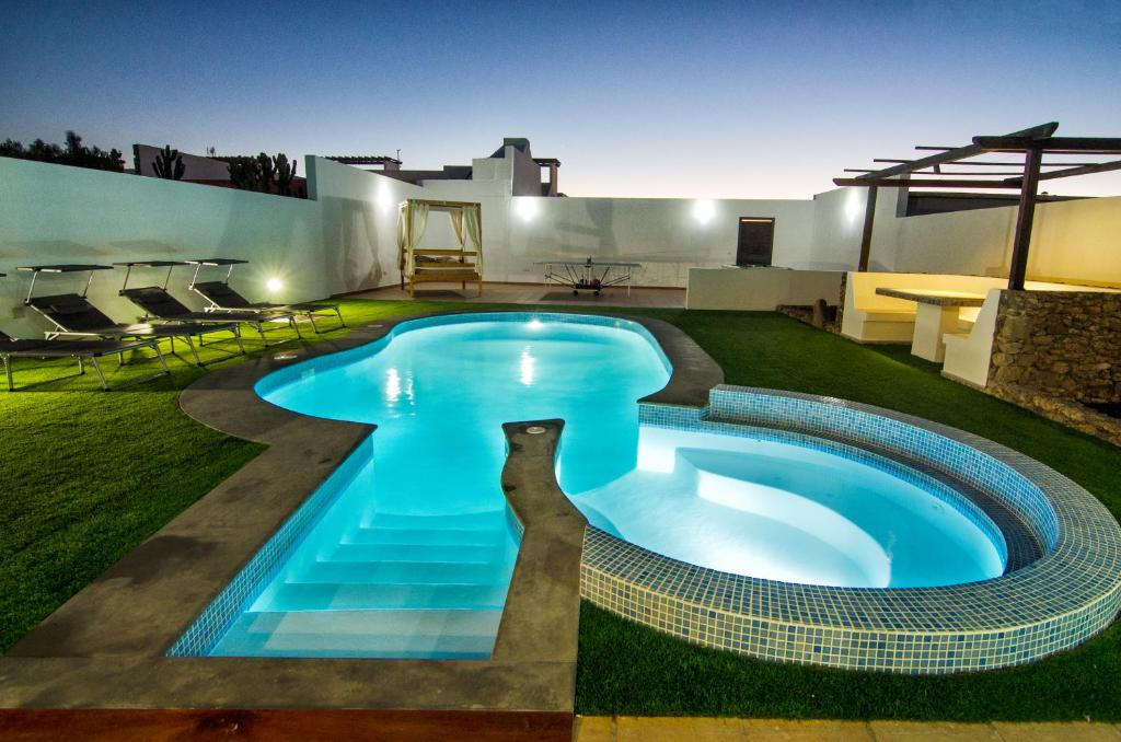 Villa Valeria, Playa Blanca, Spain - Booking.com