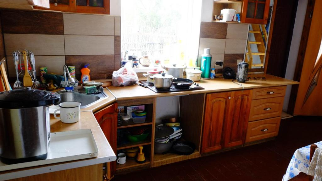 A kitchen or kitchenette at Hostel Voronezh