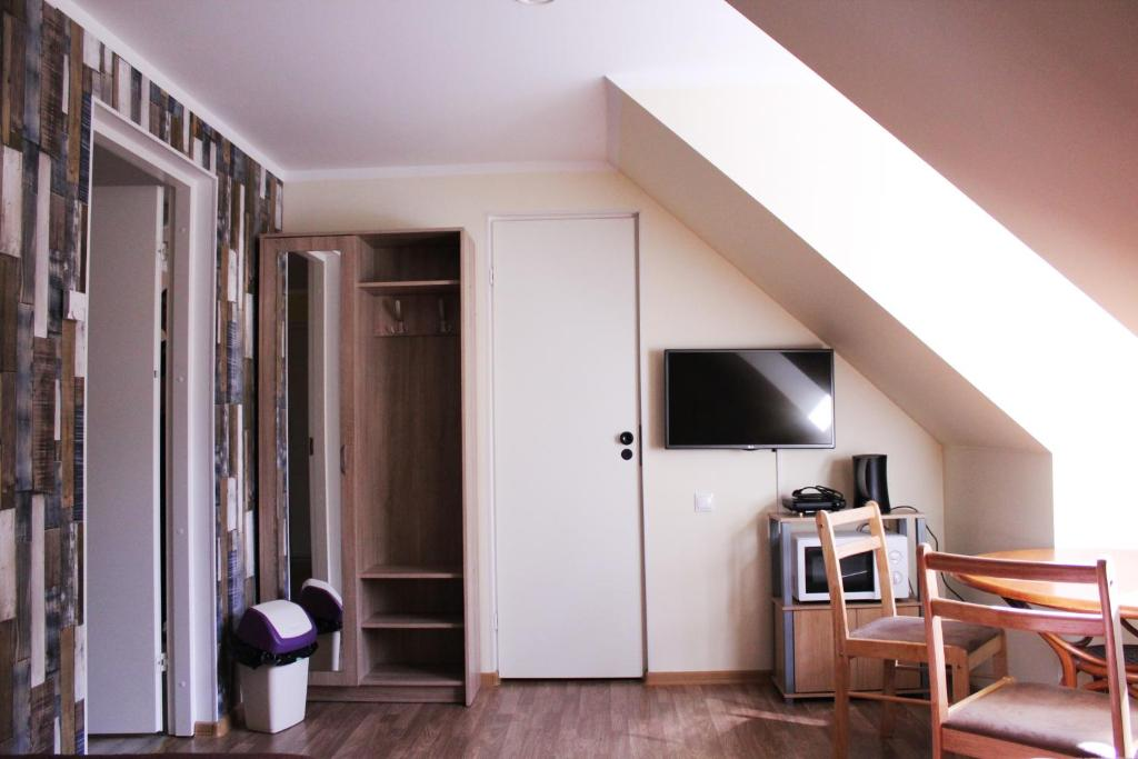 Istumisnurk majutusasutuses Pärnu mnt 27 hostel
