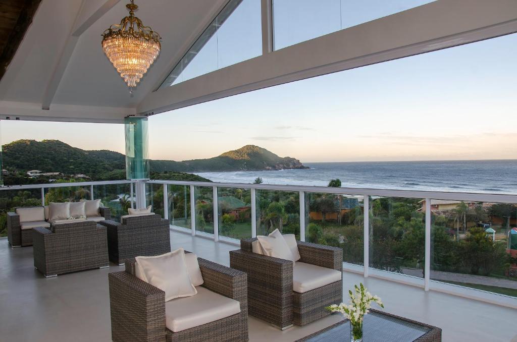 A porch or other outdoor area at Fazenda Verde - Praia do Rosa