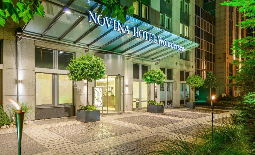 The facade or entrance of Novina Hotel Wöhrdersee Nürnberg City