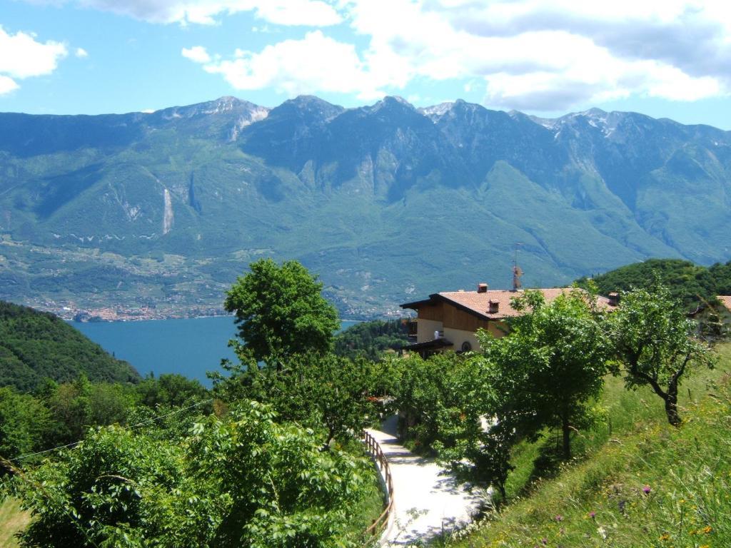 Agriturismo La Zangola Tremosine Sul Garda Italy Booking Com