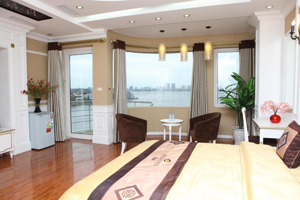 Suite Junior Nhìn Ra Hồ Nước