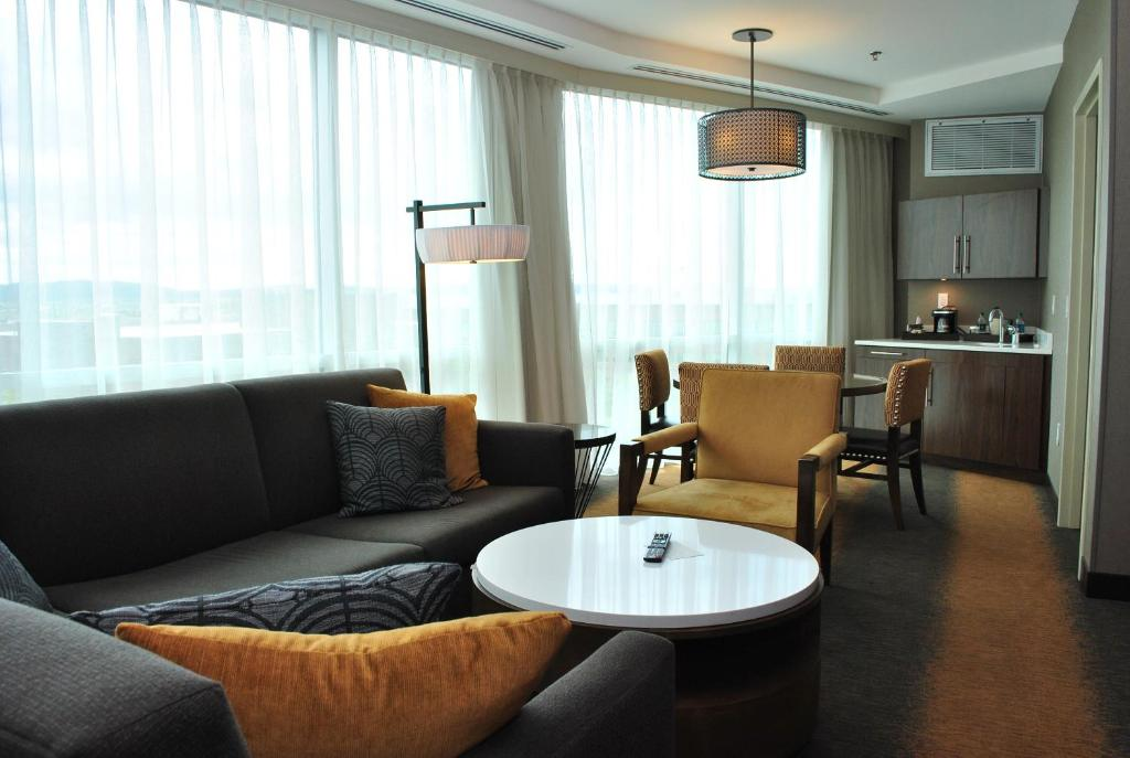 DoubleTree by Hilton Hotel Reading