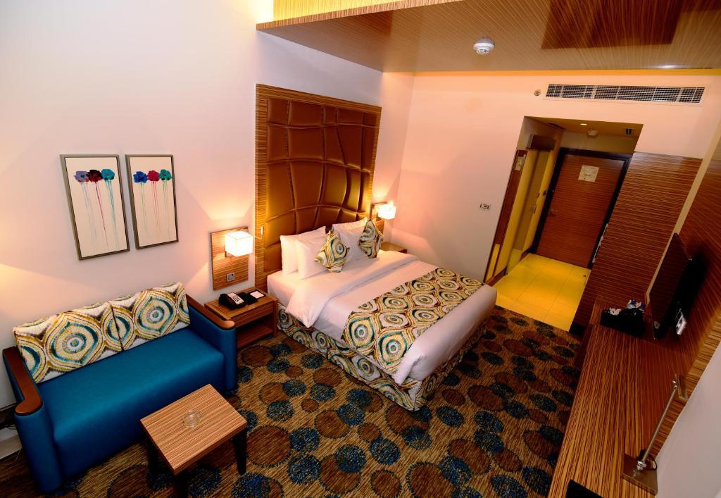 A room at Best Western Plus Pearl Creek
