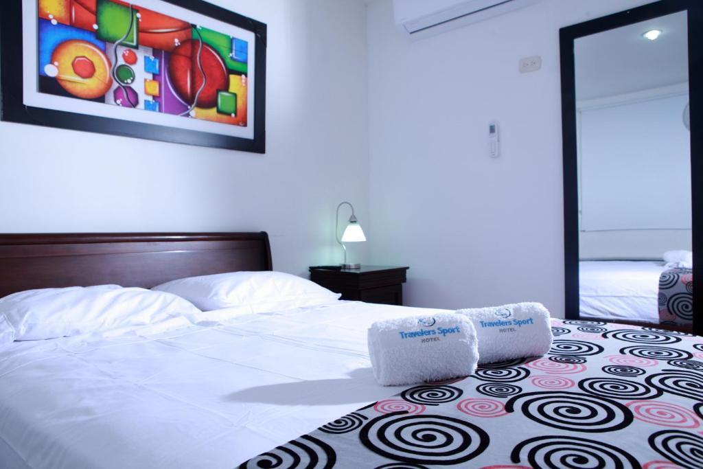HOTEL TRAVELERS SPORT