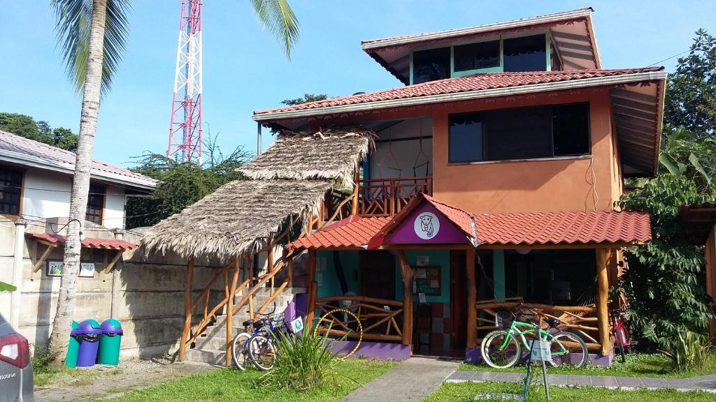 Fachada o entrada de Hostel Kinkaju