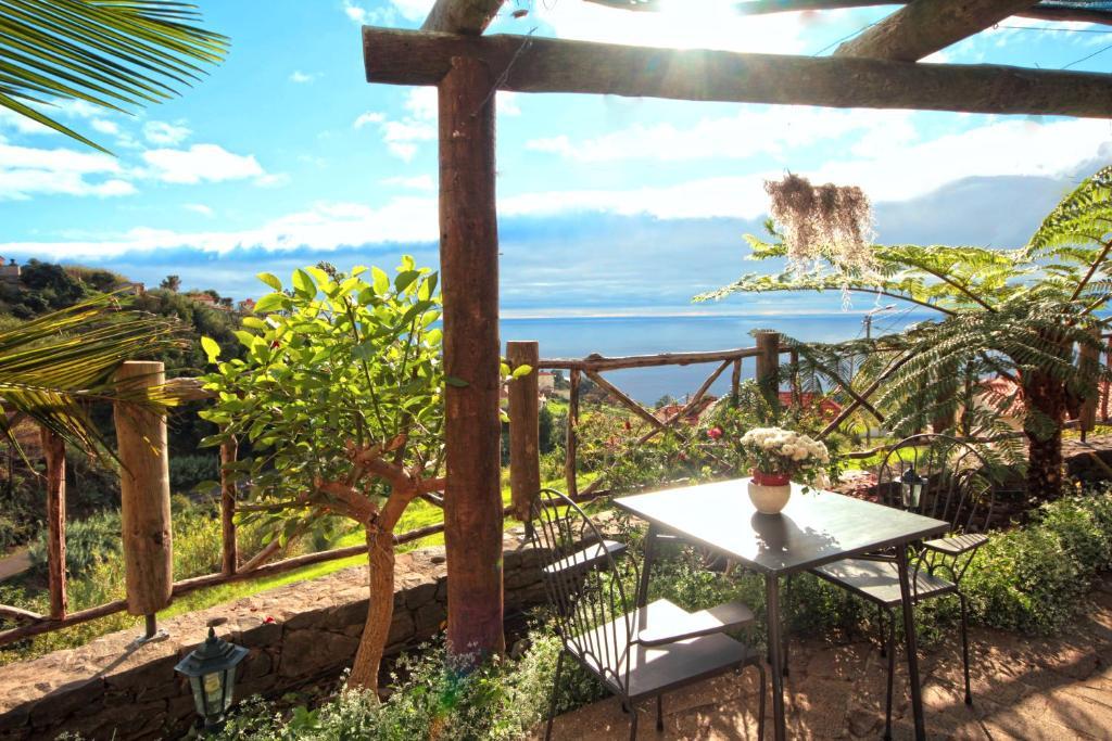 A balcony or terrace at Cantinho Das Faias by HR Madeira