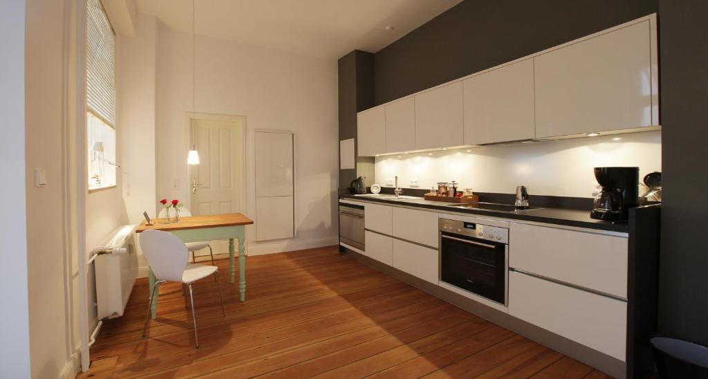 Küche/Küchenzeile in der Unterkunft quartier kiel