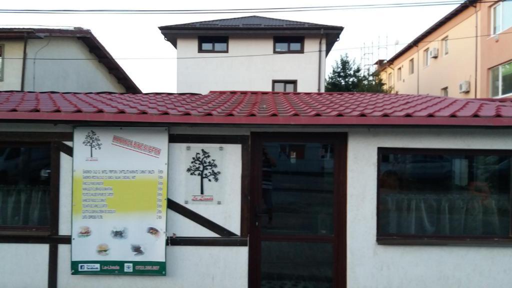 The facade or entrance of La Livada