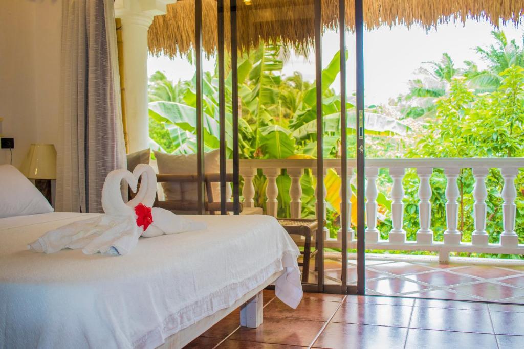 A balcony or terrace at Lanterna Hotel Boracay
