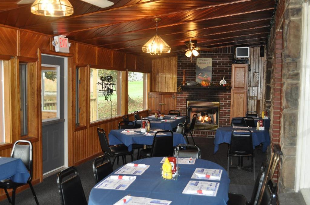 Lakewood Lodge & Restaurant