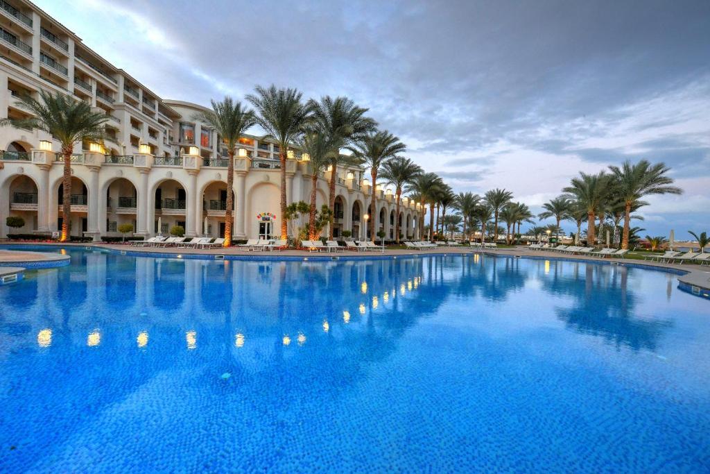 المسبح في فندق و سبا ستلا دي ماري بيتش أو بالجوار
