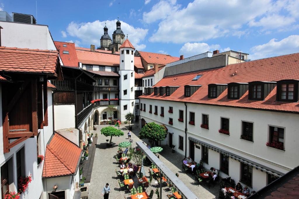 Ein Balkon oder eine Terrasse in der Unterkunft Hotel Brauhaus Wittenberg