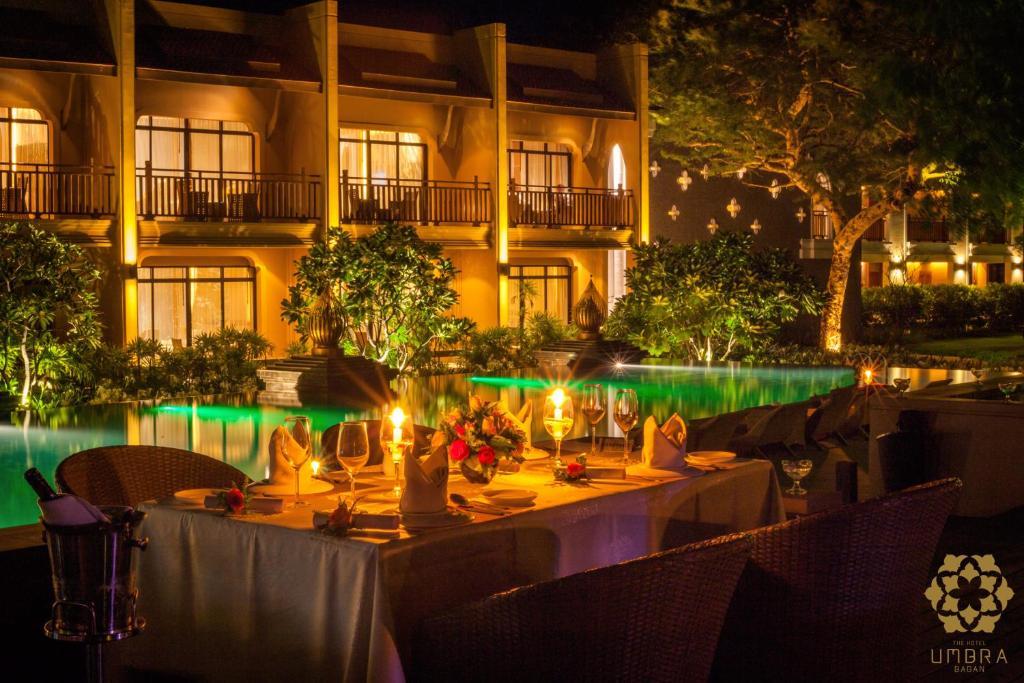 Restauracja lub miejsce do jedzenia w obiekcie The Hotel Umbra Bagan