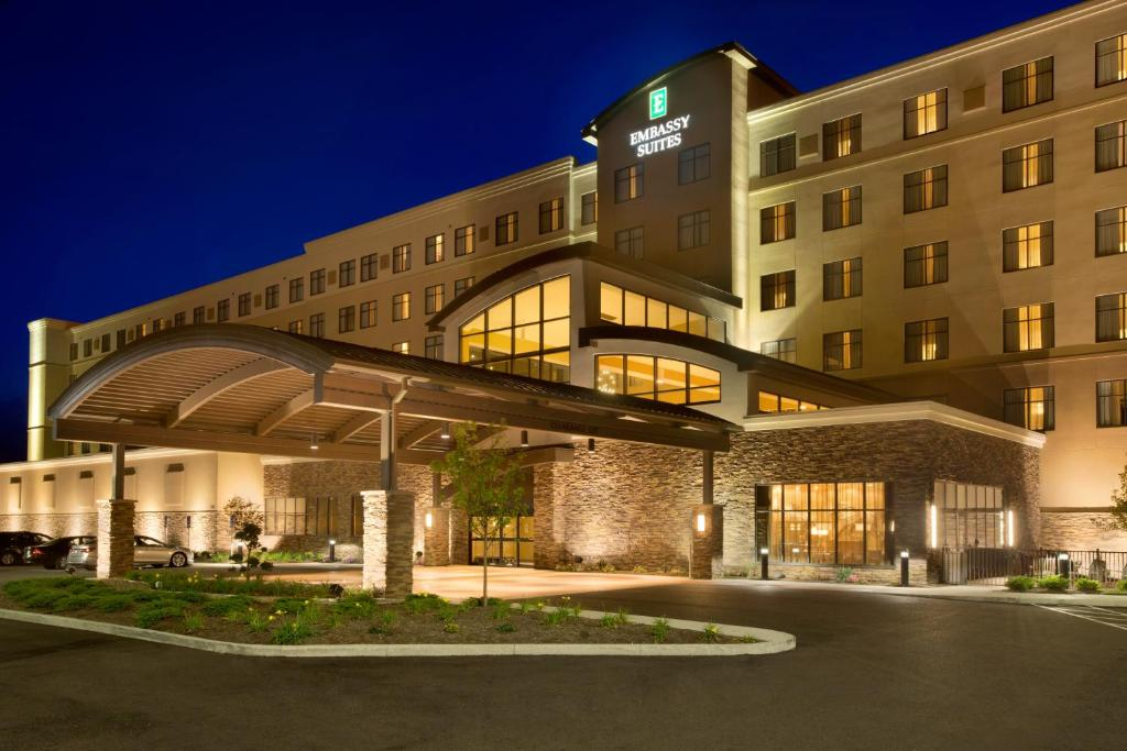 Embassy Suites by Hilton Akron Canton Airport.