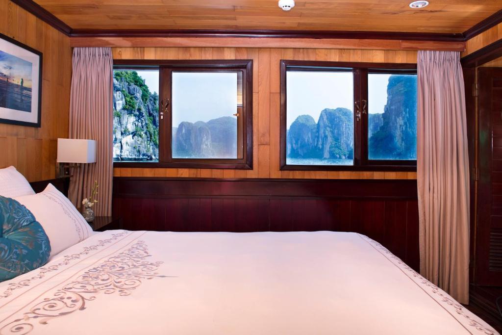 Phòng Luxury Giường Đôi/2 Giường Đơn Với Cửa Sổ (Chèo Thuyền Kayak Miễn Phí) - 3 Ngày 2 Đêm