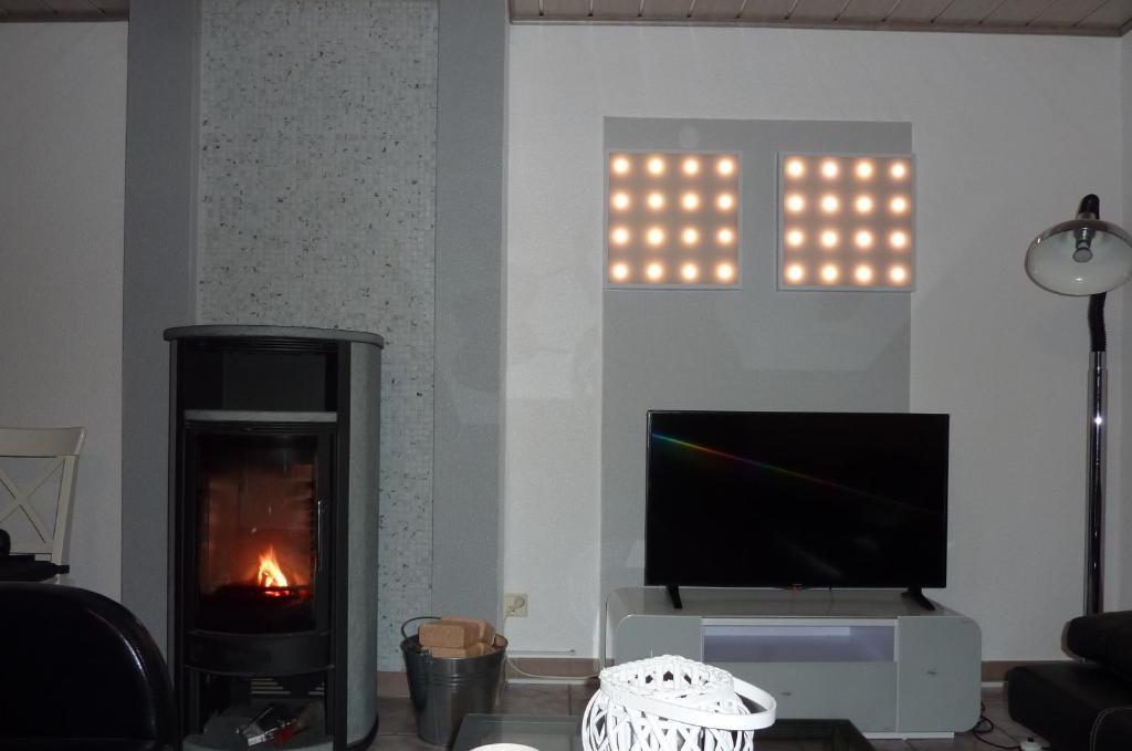 TV/Unterhaltungsangebot in der Unterkunft Moderne Wohnung Messe Uni Stadion