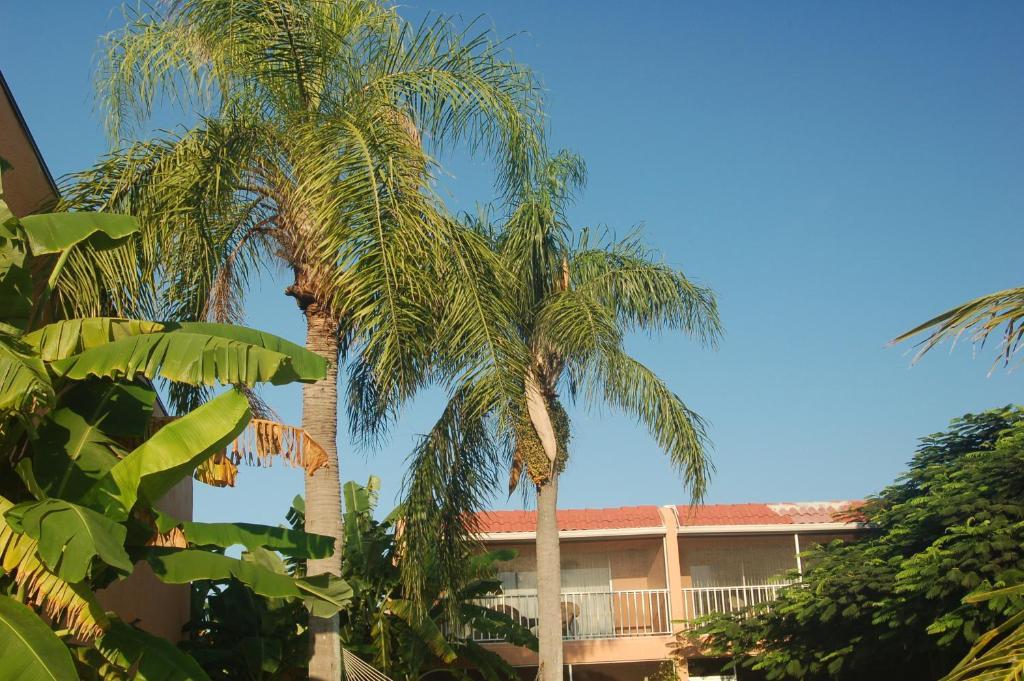 Beach Road Villas Sanibel Fl