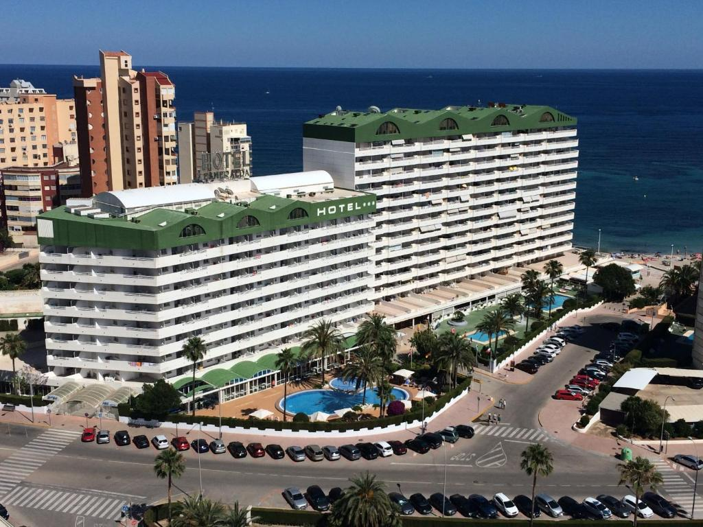 A bird's-eye view of AR Roca Esmeralda & Spa Hotel
