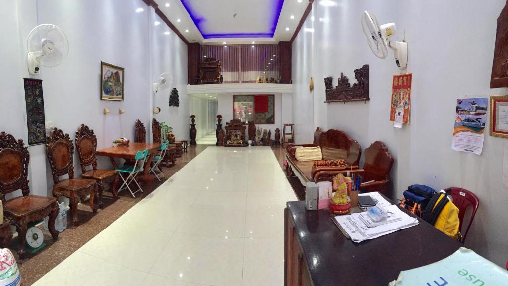 The lobby or reception area at The Blue Guest House