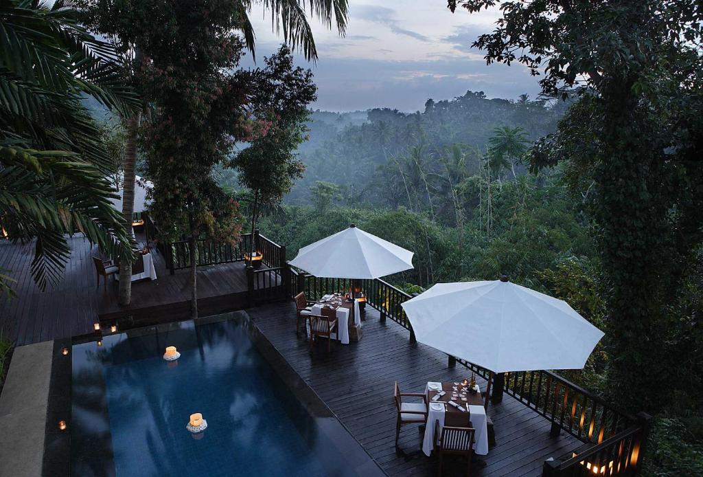 A view of the pool at Kayumanis Ubud Private Villas & Spa or nearby