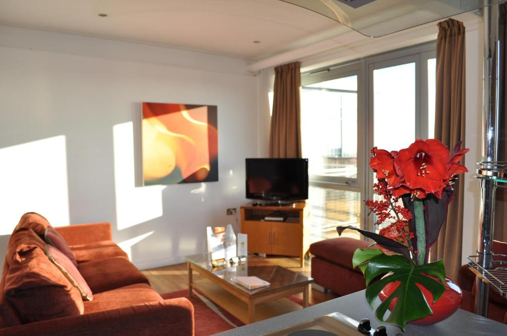 A television and/or entertainment center at PREMIER SUITES Nottingham