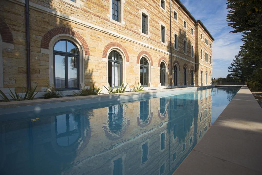 The swimming pool at or near Fourvière Hôtel