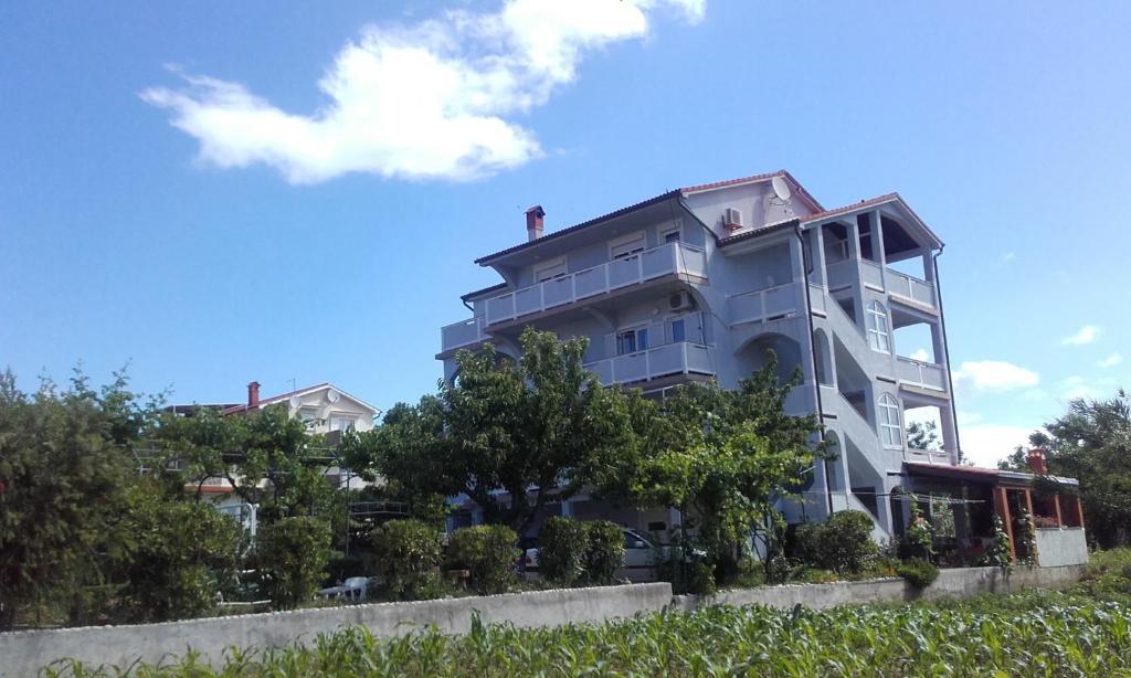 Lopar Apartment 2