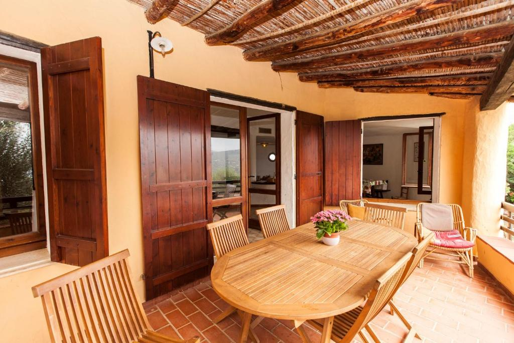 Five-Bedroom Holiday Home in Torre delle Stelle I