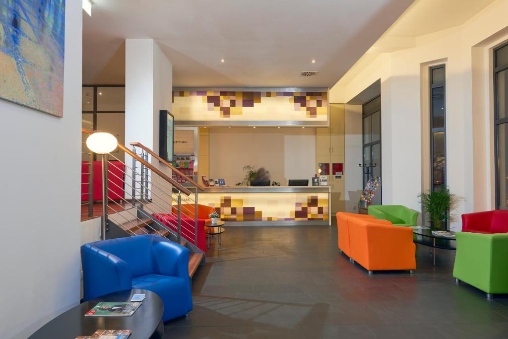 The lobby or reception area at Exe Klee Berlin Excellence Class